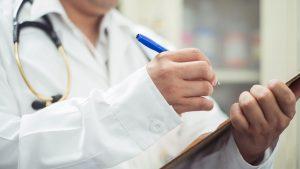 los-peligros-de-automedicarse-medicos