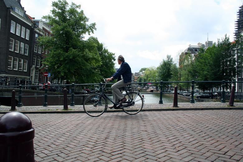 deportes-personas-problemas-de-corazon-bicicleta