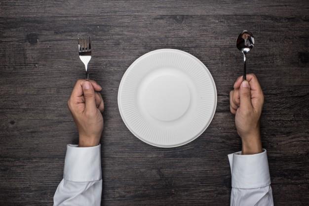 saltar-comidas-errores-bajar-de-peso
