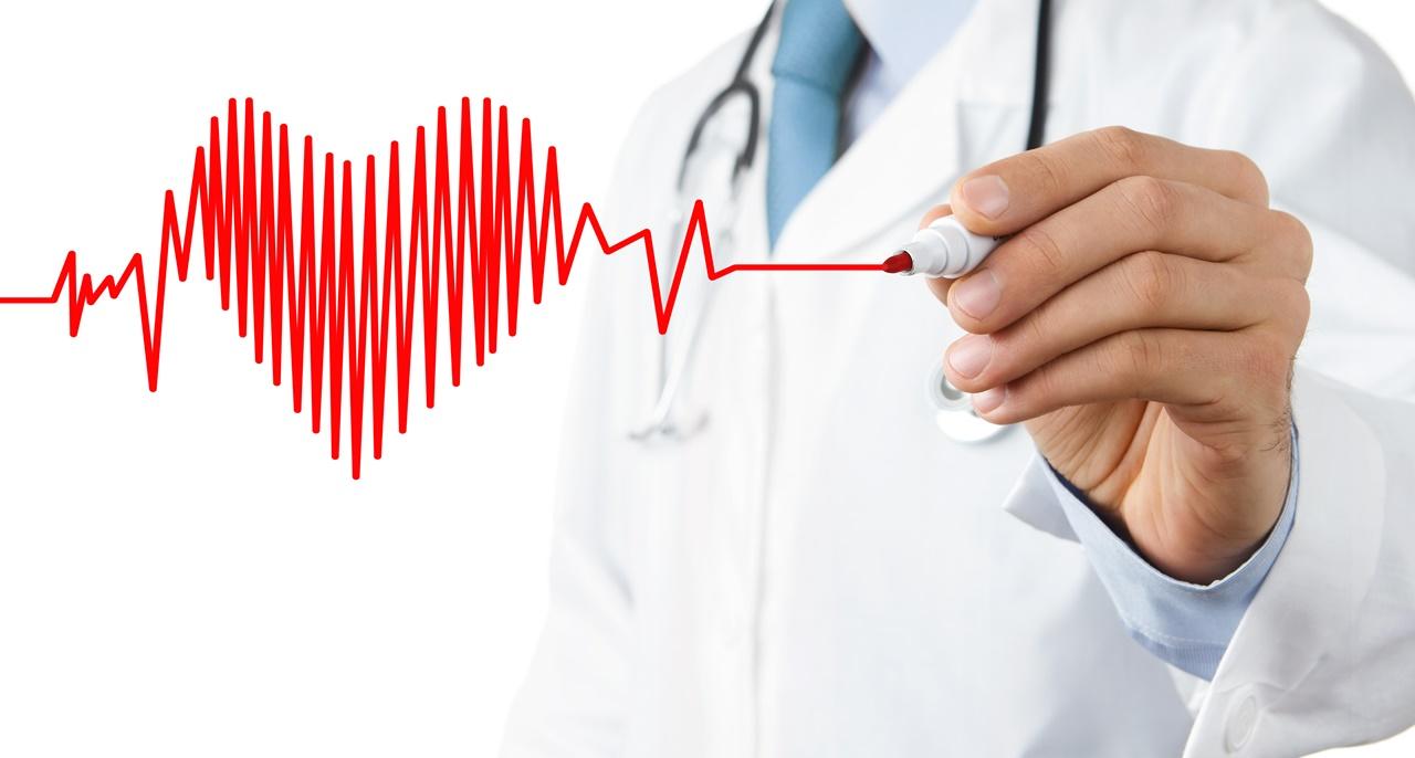 médico corazón